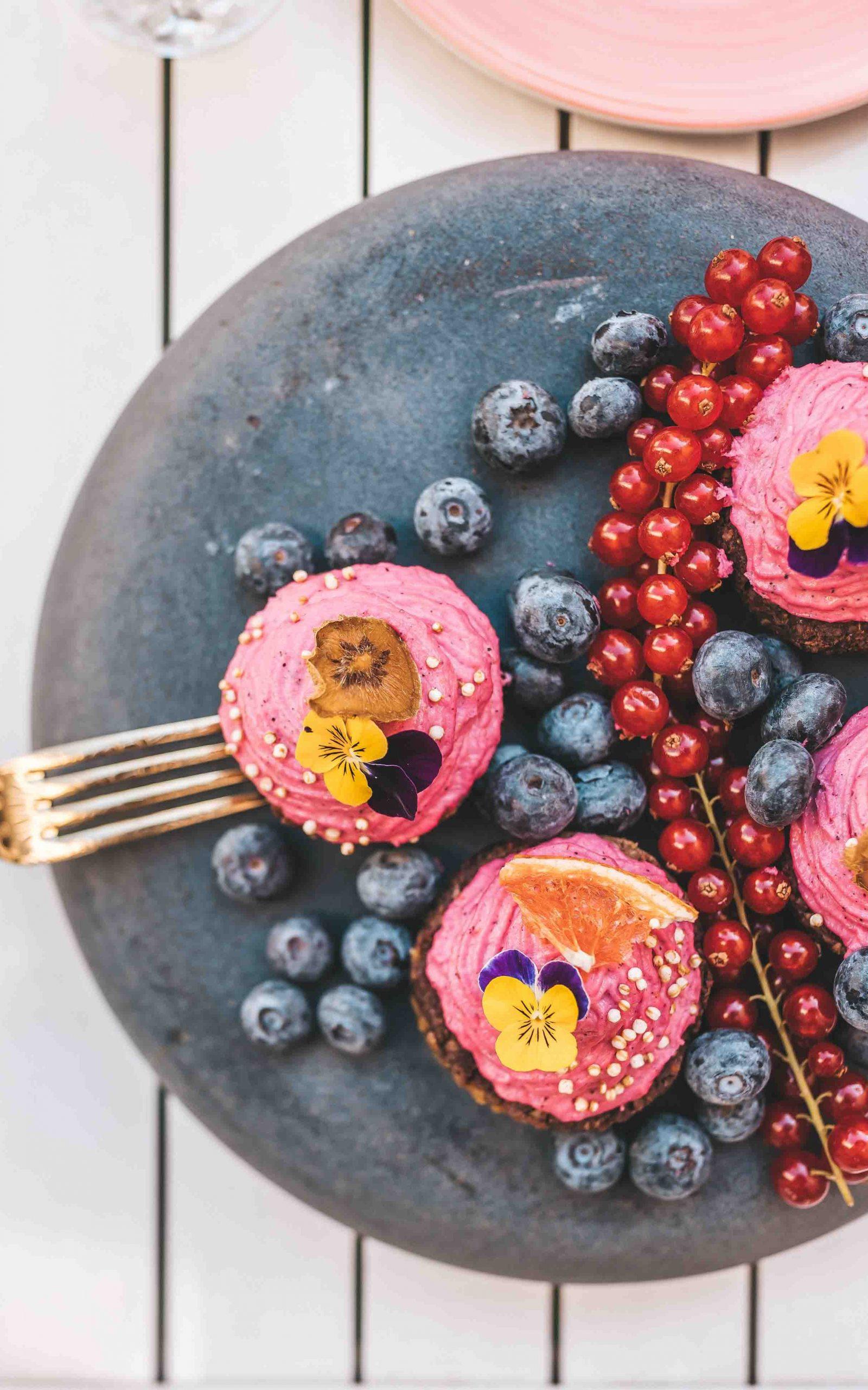 Green Garden Raw Cupcakes by Stefanie Anich & Julia Platzer